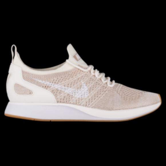 online store bac7a 3a3bb Womens Nike Air Zoom Mariah Flyknit Racer. M 5bad2cdc3e0caadd2d8e2866